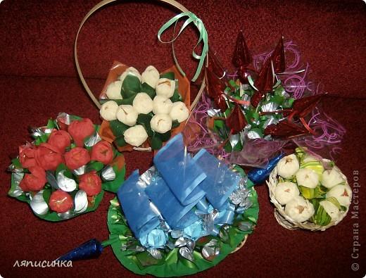 Вот такие букеты из конфет. фото 1