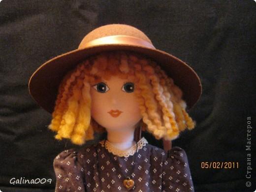 Кукла текстильная, правда еще недошита. Шьются пальто и башмачки. фото 3