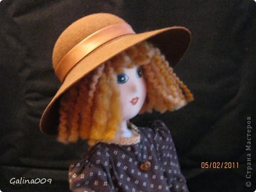 Кукла текстильная, правда еще недошита. Шьются пальто и башмачки. фото 4