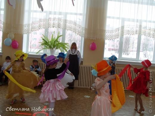 Радужные шляпки. Сделала для танца девочкам подготовительно группы. Вспомнила детский стишок... фото 14