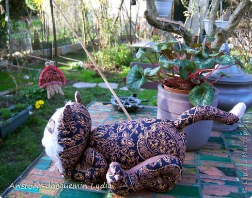 Вдохновившись работой Вдохновленной , чье МК http://stranamasterov.ru/node/40550?c=favorite  пришлось, как нельзя кстати - одной из внучек 13 марта исполняется 13 лет ,а значит она тигр и рыба, решила ей сделать игрушки к дню рождения из ивановских ситцев. Большое спасибо Вдохновленной и желаю ей еще большего вдохновения. фото 1