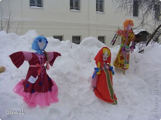 Куклы изготовлены учениками разных школ. Их все могли увидеть. фото 8