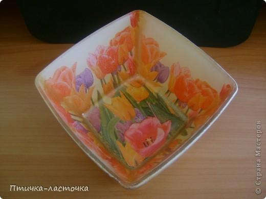 """Обратный декупаж очаровал... """"Тюльпаны""""  Тарелка квадратная 19х19 см, куплена в """"Ашане"""" фото 4"""