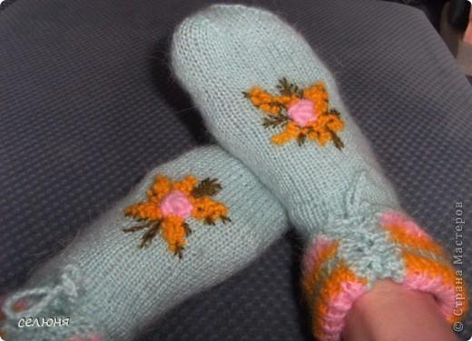 Вот такие носочки связала любимой соседке на 8 марта. фото 2