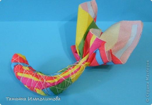 Птички из салфеток,яйцо выдуто и расписано акриловыми красками фото 7