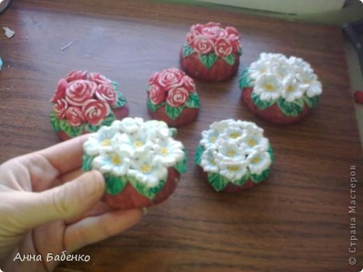 Спасибо Ларисе за чудесную идею. Всем очень понравились маленькие горшочки с цветами. фото 1