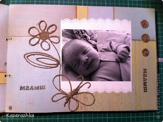 Обложку для альбома делала из картона 2 мм. Использовала бумагу из набора Sea Glass. Буквы вырезала из двух слоев бумаги, рыбки и узоры это горячий эмбоссинг. фото 7