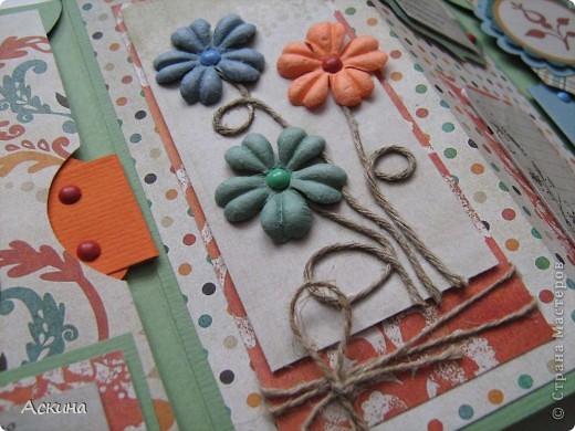 Идею альбом-сумочки видела здесь http://scrap-info.ru/myarticles/article_storyid_110.html. Делать его одно удовольствие))) А сделала я его на день рождения снохи. У нее он был 8 марта!  фото 7