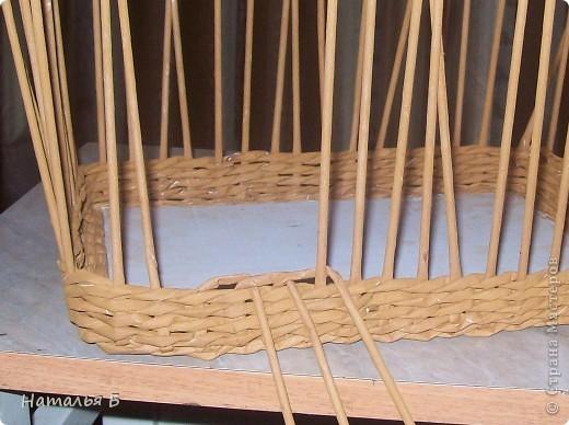 """Эту кромку я нашла в книге """"Плетение"""" Б. Мейнард 1981 г. выпуска (плетение из лозы), попробовала на коробочке для дочки, понравилось. Хочу поделиться. фото 4"""