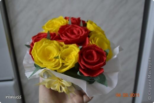 это цветы из нажелатиненой ткани,делала для знакомой, толи в прическу пойдут на какую-нибудь заколку, толи просто так останутся фото 2