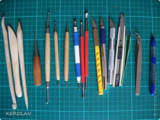 Хочу предложить вам небольшой мастер класс как делать предметы в бумагопластике. Конечно это не для слабонервных, потому что пальцы руки в первый раз будут болеть от напряжения. Но если вы не ленивы то у вас все получится. фото 2