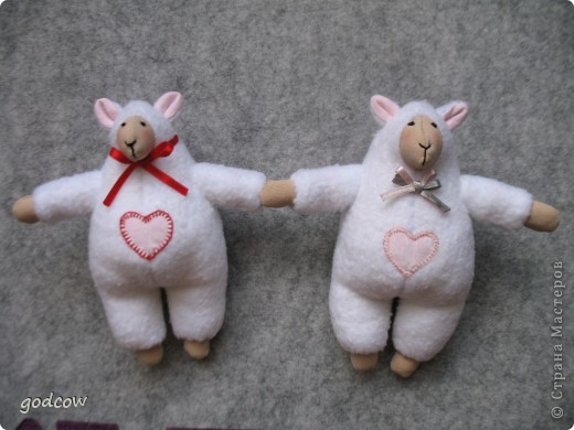 Вот таких овечек я сделала для подружки сына и подружки его друга. фото 1