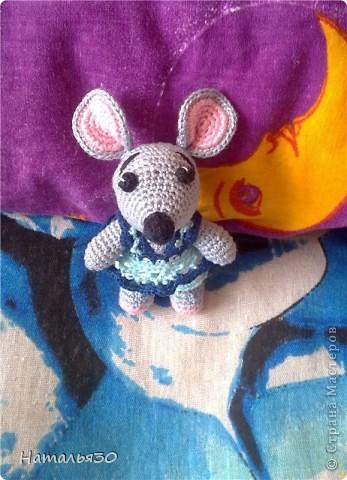 Мышь Сонька. Вдохновили всякие зайчики, мишки, мышки и др. игрушки, увиденные мною на просторах интернета. фото 3