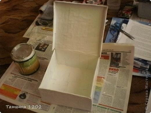 Решила попробовать свои силы в декупаже,но не рамочки ,а коробочки для материала. Это начало работы. фото 1