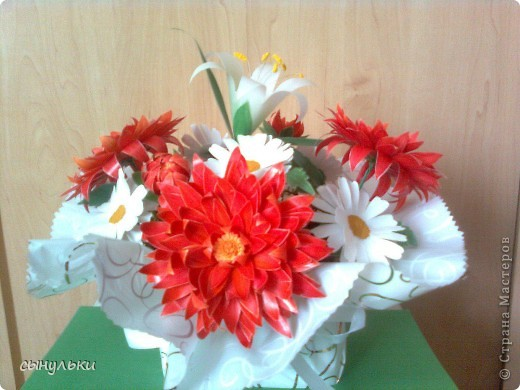 Моя первая работа в технике пергамано. Букет цветов любимой бабуле к 8 Марта. фото 1