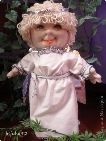 """Такий красавчик - ангелочок з""""явився у мене в подарунок на 8 Березня. Зроблений із трикотажу. Перша спроба робити ляльку у цьому виді техніки. фото 1"""