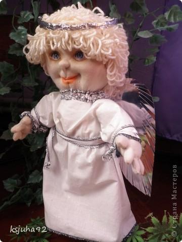 """Такий красавчик - ангелочок з""""явився у мене в подарунок на 8 Березня. Зроблений із трикотажу. Перша спроба робити ляльку у цьому виді техніки. фото 5"""