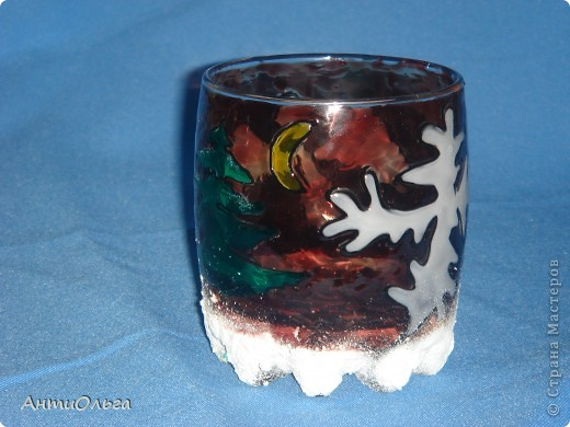 Делаем подсвечники. Витражные краски, стаканы-бокалы, украшения-камушки (на клей-пистолет). фото 7