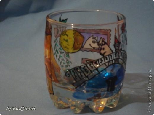 Делаем подсвечники. Витражные краски, стаканы-бокалы, украшения-камушки (на клей-пистолет). фото 13