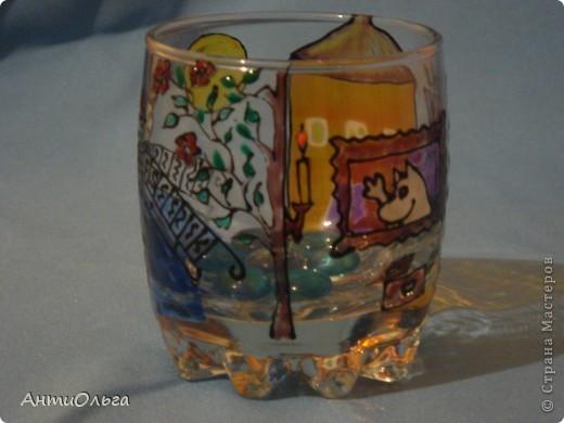 Делаем подсвечники. Витражные краски, стаканы-бокалы, украшения-камушки (на клей-пистолет). фото 14
