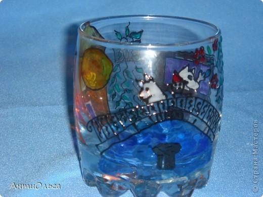 Делаем подсвечники. Витражные краски, стаканы-бокалы, украшения-камушки (на клей-пистолет). фото 15