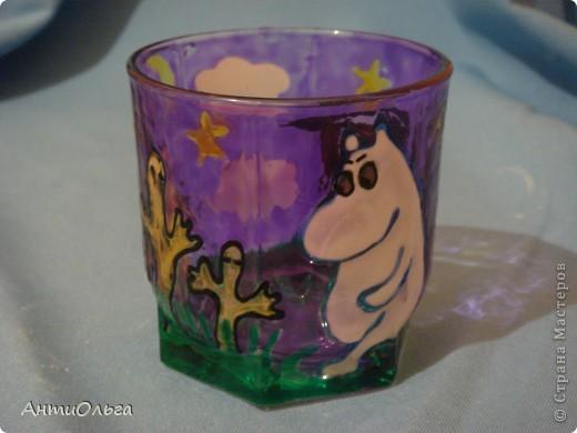 Делаем подсвечники. Витражные краски, стаканы-бокалы, украшения-камушки (на клей-пистолет). фото 17
