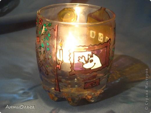Делаем подсвечники. Витражные краски, стаканы-бокалы, украшения-камушки (на клей-пистолет). фото 21