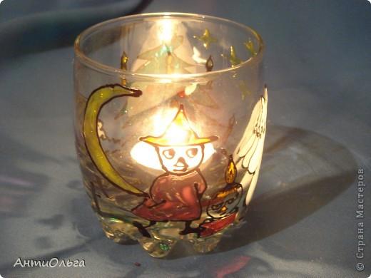 Делаем подсвечники. Витражные краски, стаканы-бокалы, украшения-камушки (на клей-пистолет). фото 26