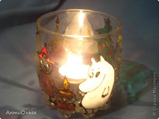 Делаем подсвечники. Витражные краски, стаканы-бокалы, украшения-камушки (на клей-пистолет). фото 27