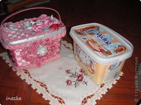 Мастер-класс Поделка изделие 8 марта Валентинов день День матери День рождения Шитьё Мои шкатулки из пластиковой посуды  Розовая нежность  фото 27