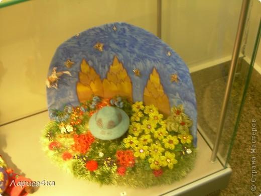Эту работу мы выполнили к городской выставке детского творчества, которая посвящена дню космонавтики.