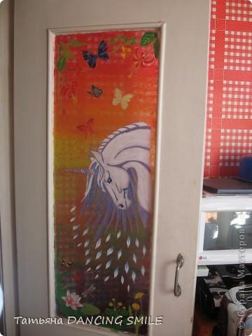 Дверь на кухню при дневном свете + фрагменты. фото 5