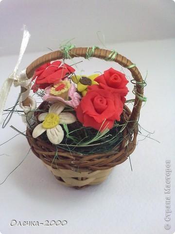 Эти цветы я лепила из пластики фото 1
