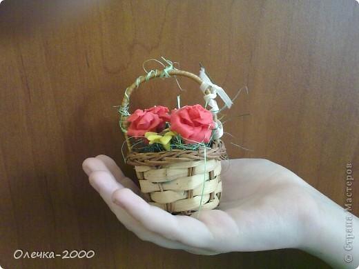 Эти цветы я лепила из пластики фото 6
