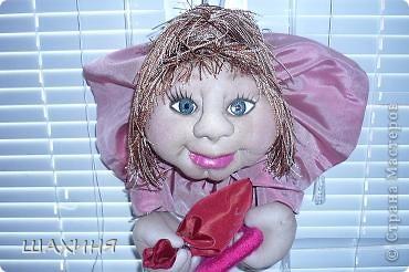 портретно шаржевая кукла-удача. Глаза из самозатвердевающей массы,краска илак акриловые. Волосы из остатков 3-х цветов нитяных штор! фото 2