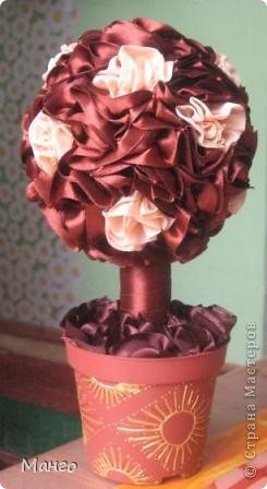 Очень много видела работ - таких же шоколадных деревьев из лент и решила сделать тоже, как вам моё? фото 1