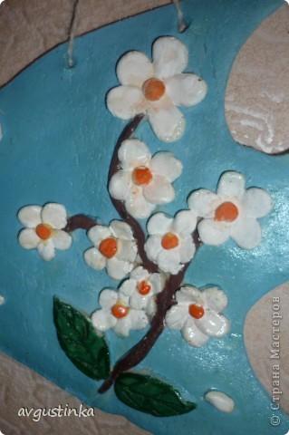 Рыбка-Весна приплыла из глубин Радость несет нам и позитив, Ярких цветочков букет, Словно весенний привет фото 2