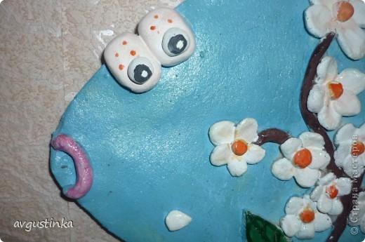 Рыбка-Весна приплыла из глубин Радость несет нам и позитив, Ярких цветочков букет, Словно весенний привет фото 3