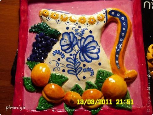 кувшинчик и персики фото 1