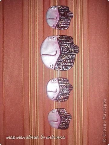 Ремонт в моей съёмной квартире затянувшийся аж на два месяца, дал мне возможность побездельничать(в плане зарабатывания денег).....заказы в сторону! и?.....я леплю!!!  Вот такая получилась рыба.... снежная-нежная))) Дватая, огромное спасибо за идею! http://stranamasterov.ru/node/4779     фото 3