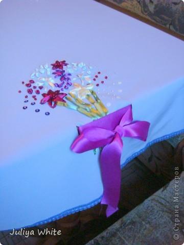 Декоративная Скатерть, вышитая лентами и украшеная бисером) фото 4