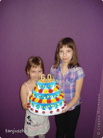 Очередной торт из модулей. Торт состоит из трёх ярусов.  1 ярус в основе 42 модуля 2 ярус в основе 72 модуля 3 ярус в основе 102 модуля. фото 5