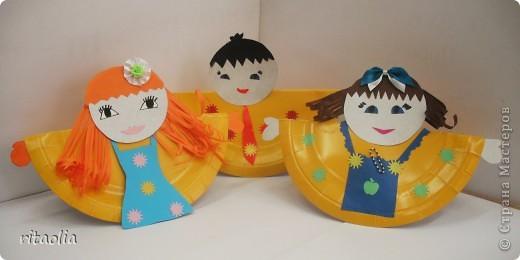 """Вот таких неваляшек мы сделали из одноразовых тарелок. Идею почерпнули в журнале """"Коллекция идей"""" """"Магазин кукол"""" №1 фото 1"""