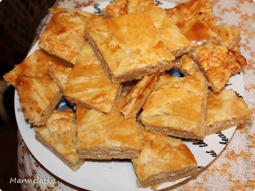 """Пирог """"Нежность"""" с яблоками и творогом фото 2"""