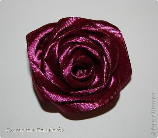 Роза - брошь
