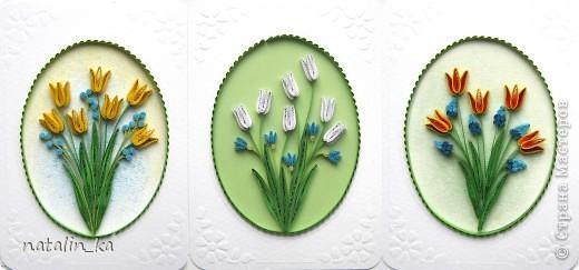 Весна неумолимо приближается и я вспомнила что это значит... что скоро мой город будет украшен моими любимыми цветами - тюльпанами. А пока эта прекрасная пора все же еще не настала, я вырастила сама себе свои любимые цветы с помощью своего любимого, способного творить чудеса, квиллинга. Буду рада таким же любителям тюльпанов, любителям цветов, квиллинга и всем всем, кто творит чудеса своими руками. Всем весеннего обновления и творческого подъема!!! фото 1