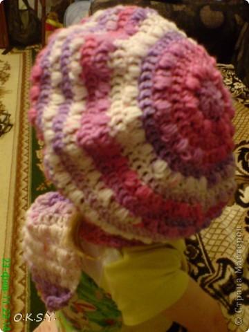 впервые после многолетнего перерыва связала шапочку и шарфик,а до этого так мучилась-никак не могла подобрать себе головной убор.который бы мне подходил! фото 5