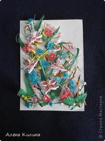 Цветочное панно родилось в выходные сначала распустились четыре лилии, затем васильки и астры...маленькие желто-белые пушистики зелень и солнечные завитки. фото 1