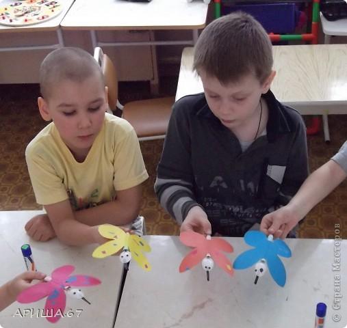 сегодня с шестилетками делали вот такие бабочки... фото 13