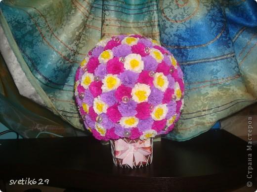 Вот скрутила еще один цветочный шар фото 1